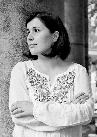 """""""Фантазијата е клучен дел од реалноста"""" – Интервју со Јана Бауер"""